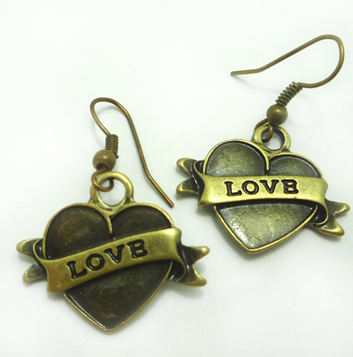 LOVE Heart rockabilly Herz punk rock Ohrringe Ohrhänger gold